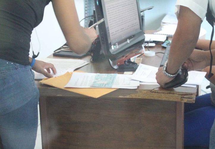 Las nueve trabajadoras que denunciaron maltrato laboral por parte de su jefe, aceptaron ayer la liquidación establecida por las autoridades en la materia.  (Luis Ballesteros/SIPSE)