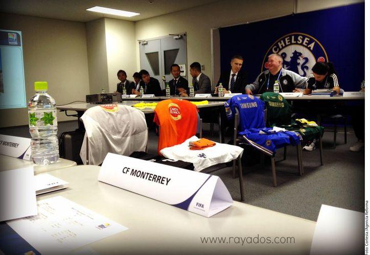 El nuevo uniforme del Monterrey generó cuestionamientos (Foto: Agencia Reforma)
