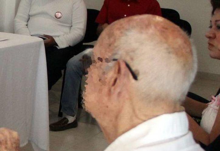 Especialistas aseguran que el Alzheimer empeora con el tiempo. (Milenio Novedades)