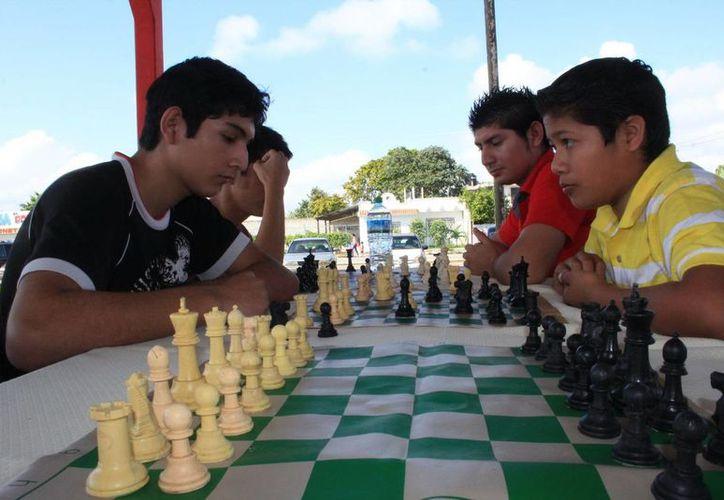 Participaron más de 70 ajedrecistas en el torneo. (Redacción/SIPSE)