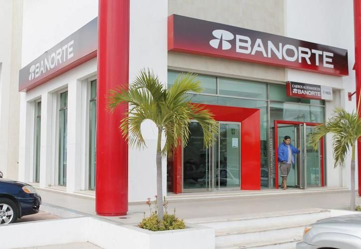 Las instituciones bancarias suspenderán sus operaciones al público. (Archivo)