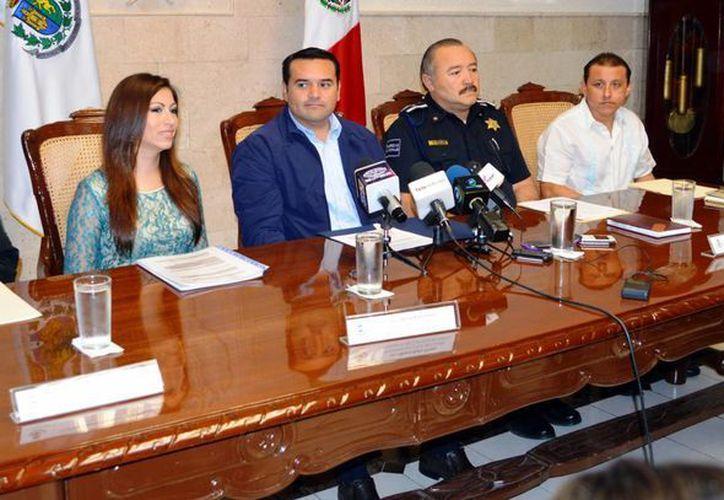 El Alcalde informó de los pormenores del Carnaval de Mérida. (Theani Ruz/SIPSE)