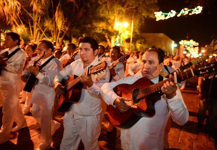 Músicos se reunieron en un solo canto a la ciudad de Mérida. (Miraquemiro)