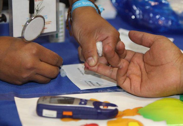 En México se estima que 15 por ciento de los adultos de más de 20 años padecen diabetes y muchos casos no están diagnosticados. (Archivo/Notimex)