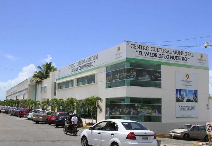 El contrato de arrendamiento del edificio ubicado sobre la avenida Héroes de Chapultepec finaliza el próximo 30 de agosto. (Ángel Castilla/SIPSE)