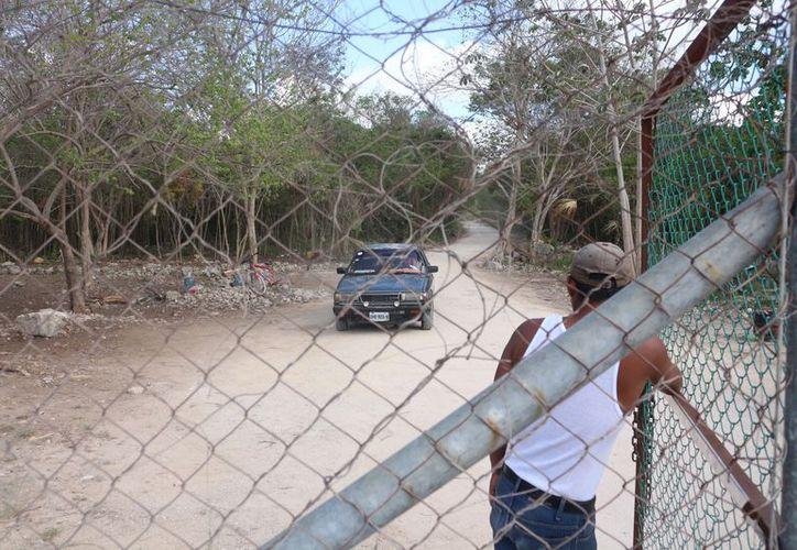 Los habitantes de 'El Coral' afirman lo único que quieren es un lugar para vivir. (Adrián Barreto/SIPSE)