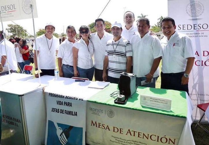 """Vas a mover a México"" ofreció becas de Sedesol a jóvenes estudiantes de nivel medio superior. (SIPSE)"