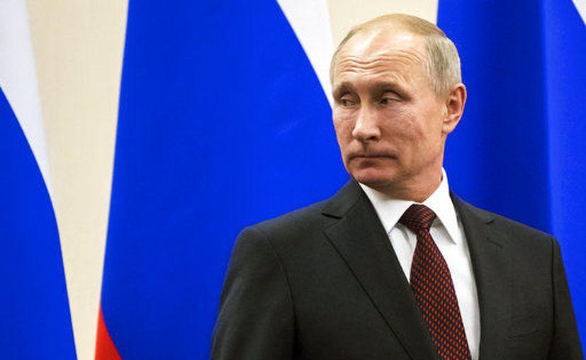 Ambos políticos han discutido otros asuntos de actualidad relacionados con el desarrollo de la cooperación entre Rusia y Argentina. (AP)