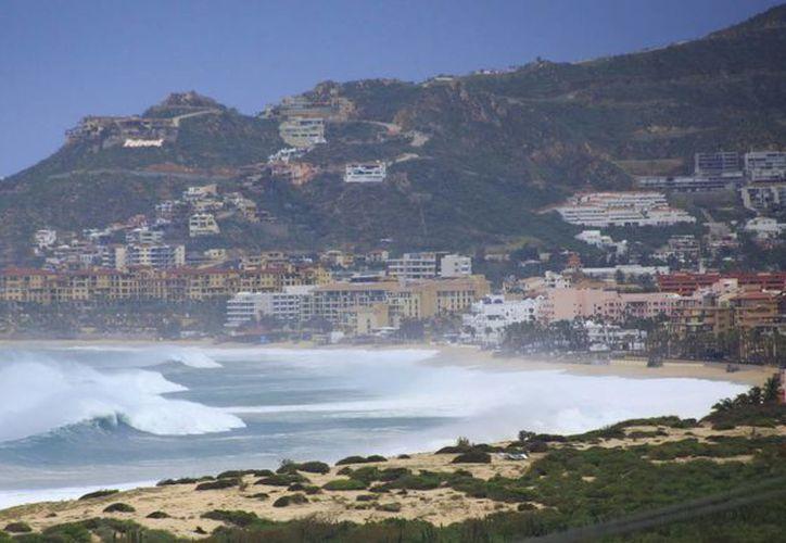 La presencia del huracán Newton en el Pacífico mexicano ya causa estragos en algunos puertos de ese litoral. (EFE/Archivo)