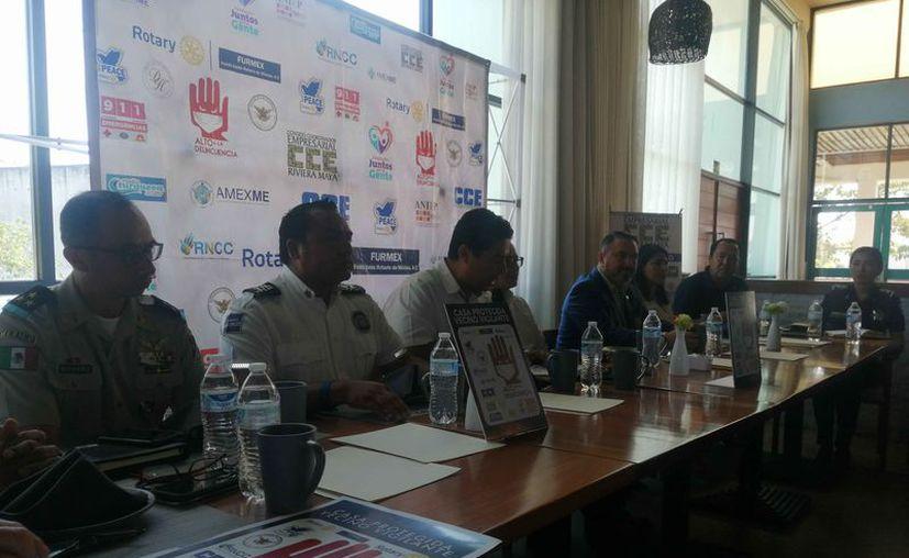 Firmaron un convenio para buscar mecanismos de alerta en el municipio de Solidaridad. (Octavio Martínez/SIPSE)
