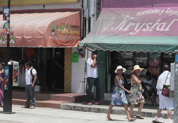 El Ayuntamiento de Benito Juárez tiene un padrón de 38 mil 700 comercios, la mayoría en la ciudad. (Tomás Álvarez/SIPSE)