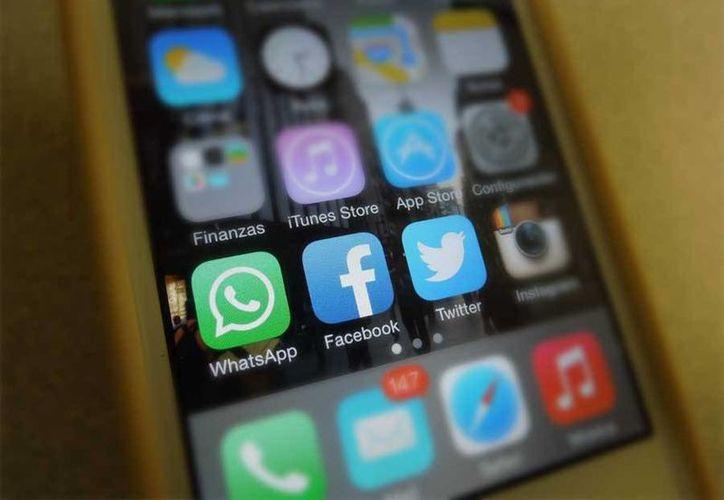 Con una recarga de 200 pesos, se podrá contar con el servicio ilimitado por 60 días de WhatsApp, Facebook y Twitter. (Foto: SIPSE)