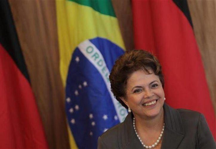 La presidenta de Brasil, Dilma Rousseff, podría tener un juicio político por violar las leyes fiscales. (Foto AP/Archivo)