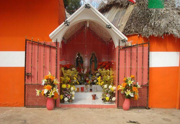 En el municipio muy pocos habitantes se suman a los festejos de la Virgen de Guadalupe. (Carlos Yabur/SIPSE)