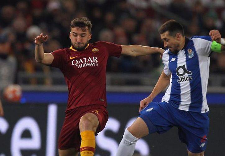 El mexicano sigue jugando con todo su empeño en el equipo portugués. (Los Pleyers)