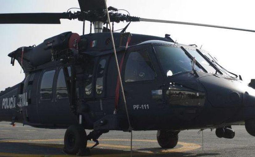 Un helicóptero Black Hawk similar a este fue el hallado tras más de 48 horas de haberse extraviado. (m-x.com.mx)
