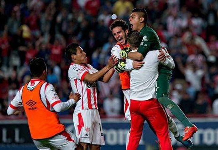 Necaxa busca ser el segundo equipo de Liga de Ascenso en ganar el torneo de Copa. En tanto, Veracruz quiere conseguir la victoria para obtener el medio pase a Copa Libertadores. (Notimex)