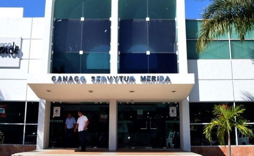Los sectores empresariales dieron ayer su respaldo a la postergación del Tianguis Turístico en pro de la salud pública. (Novedades Yucatán)