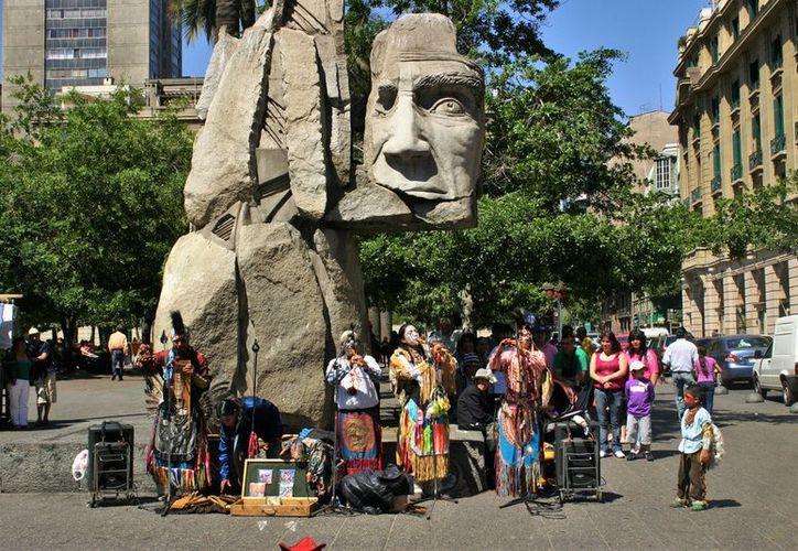 """El impuesto de """"reciprocidad"""", de 23 dólares, que regía para los mexicanos que ingresaban a Chile fue retirado. (Turismo Chile)"""