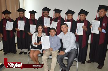 Graduación del Instituto Zazil Kaanbal