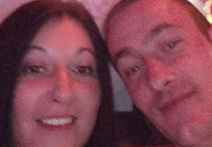 El hombre se mantuvo en comunicación con su amante a través de una cuenta secreta de Facebook. (Excélsior)