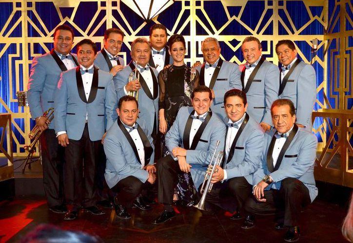 La Sonora Santanera se presentará por primera vez en el Vive Latino el próximo domingo 19 de marzo, en el escenario principal. (Foto tomada de Facebook/Sonora Santanera)