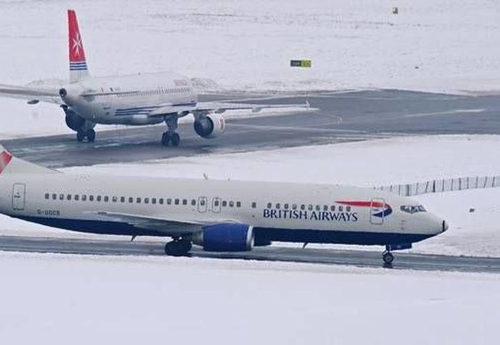 Aerolíneas de Cancún no reportan cancelaciones de vuelos por el clima. (Contexto/Internet)