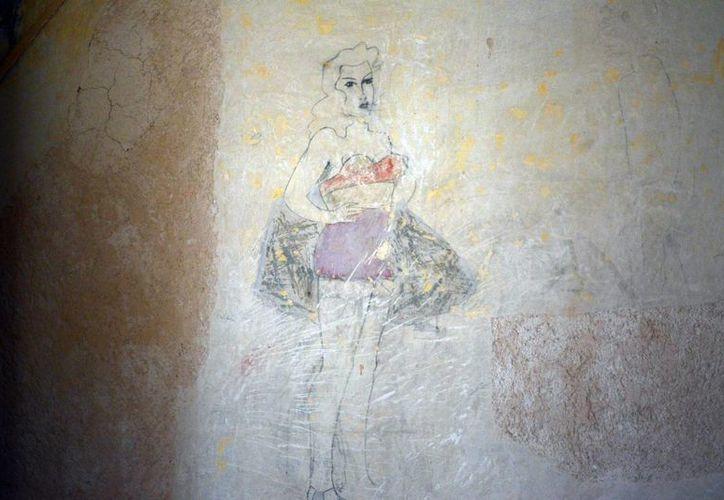 Todos los graffitis hallados en el Palacio Cantón corresponden a la década de los años 40 del siglo pasado. (Notimex)