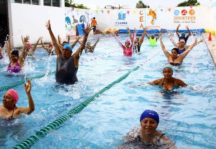 La zumba es una disciplina fitness de origen colombiano. (Gonzalo Zapata/SIPSE)