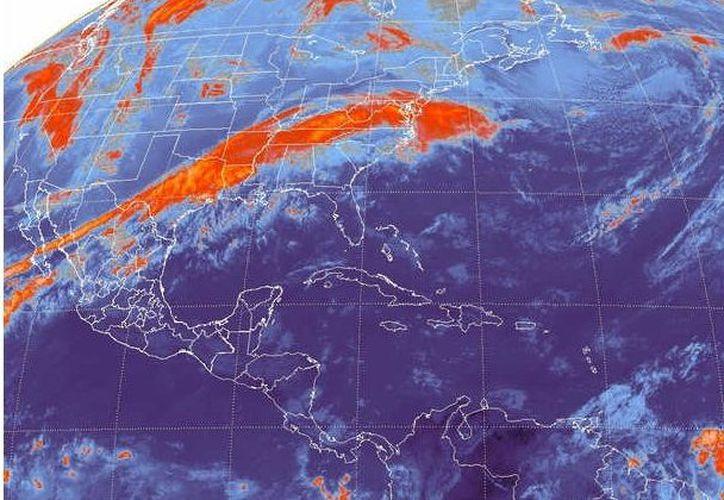 El tiempo probable para los municipios de Benito Juárez, Lázaro Cárdenas, Isla Mujeres, Cozumel, Solidaridad y Tulum será de cielo medio nublado, caluroso. (Redacción/SIPSE)