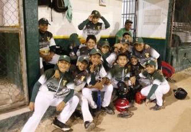 Los equipos de la Liga de béisbol infantil y juvenil, Vinicio Castilla, arrancarán el día de hoy la jornada ocho. (Foto/Internet)
