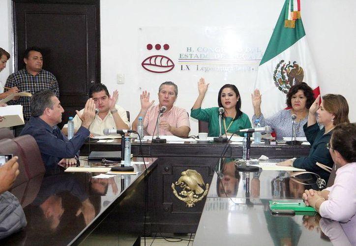 El único de los consejeros de la Codhey que no fue ratificado fue José Inés Loría Palma, quien e inscribió al proceso por la presidencia del mismo organismo. (SIPSE)