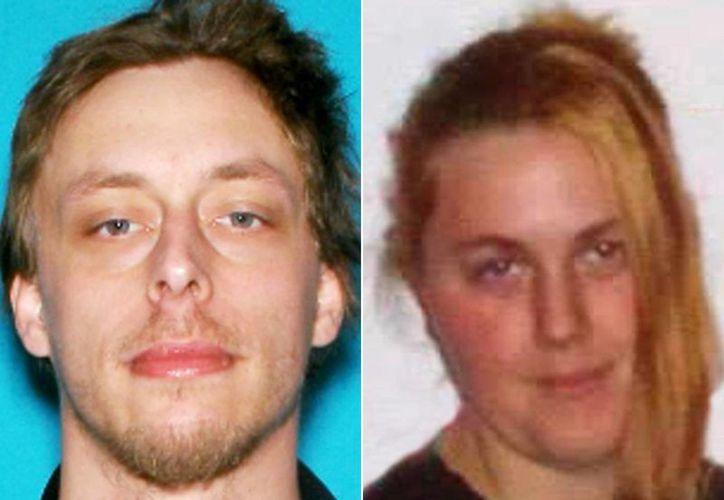 Jerad Miller y su esposa, Amanda Miller. (Agentes)