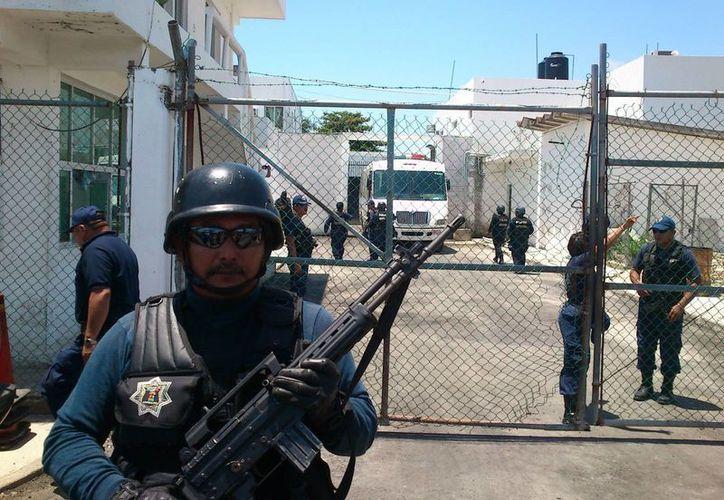 Actualmente el Cereso cuenta con una población penitenciaria promedio de mil 230 internos; en tanto, el penal de Cancún cuenta con aproximadamente mil 336 reclusos. (Juan Palma/SIPSE)