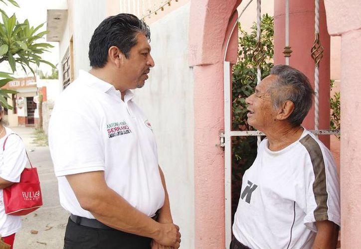 Antonio Homá, candidato del PRI a diputado por el VI Distrito, visitó la colonia Plan de Ayala Sur y la comisaría de Hunxectamán. (SIPSE)