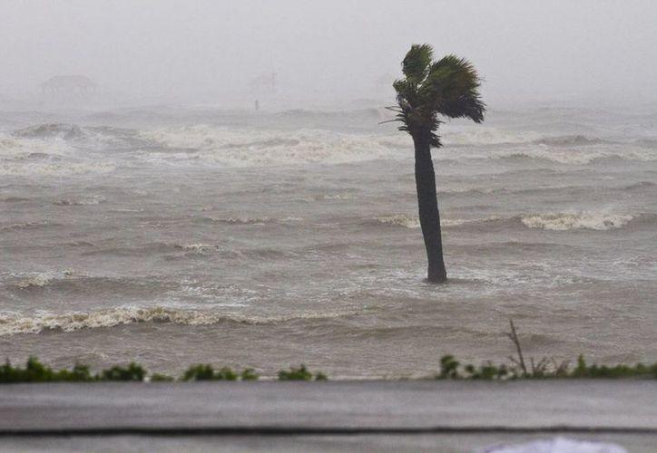 La tormenta Ana se formó casi un mes antes de que iniciara oficialmente la temporada de huracanes en el Atlántico. (EFE/Archivo)