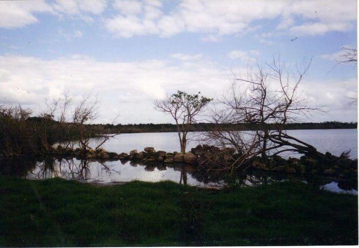 La Laguna de Yalahau, en Homun, fue epicentro de la primera oleada ovni en Yucatán. (Jorge Moreno/SIPSE)