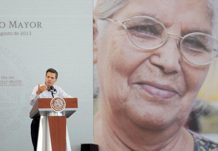 El mandatario dijo que el crecimiento económico asegurará mayores ingresos para los mexicanos. (Notimex)