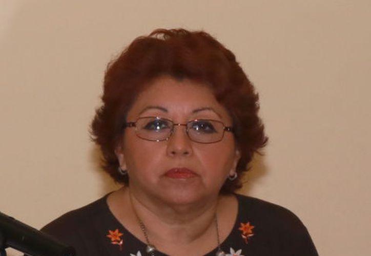 La presidenta del Colegio de Notarios de Yucatán, Beatriz Nájera López. (Milenio Novedades)