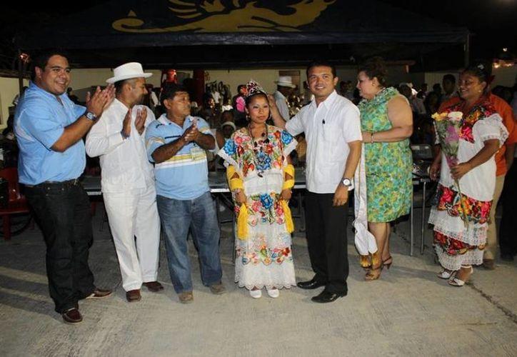 La dirección de Cultura afina detalles para la elección de la embajadora de las fiestas. (Cortesía/SIPSE)