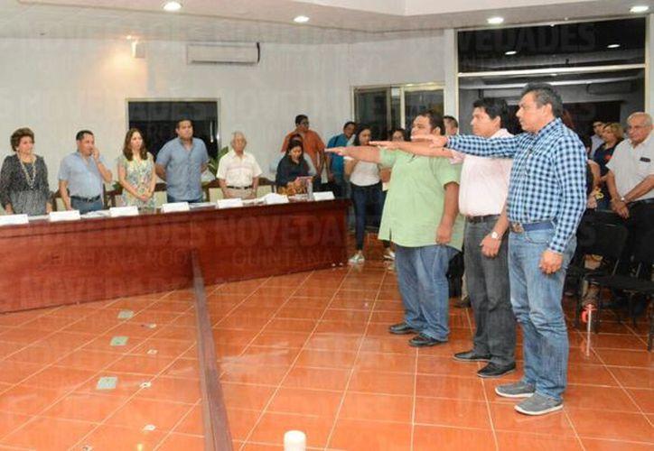 Posterior a la aprobación de los nuevos integrantes del Comité, se realizó la toma de protesta. (Redacción)