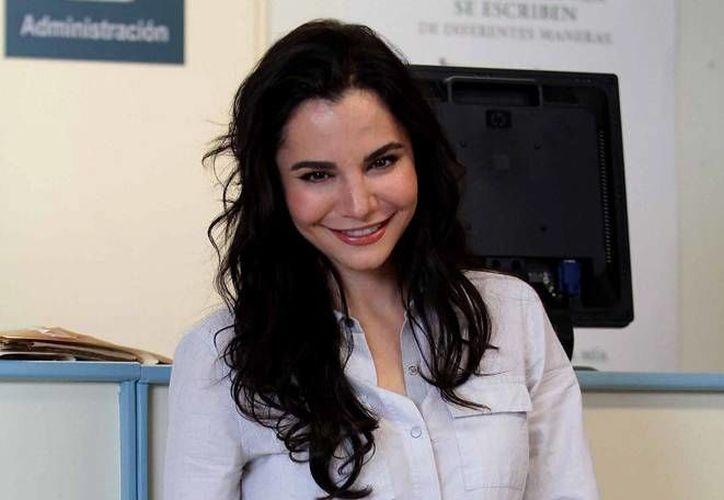 La actriz Martha Higareda tiene en puerta un nuevo proyecto cinematográfico junto al director Carlos Bolado, el cual comenzarán a grabar en marzo, en Monterrey. (Archivo Notimex)