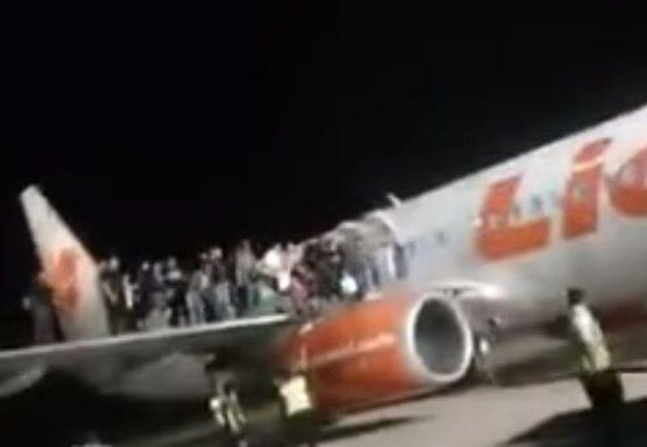 El director general de Lion Air Group, Edward Sirait, dijo que la aerolínea ha sufrido ocho amenazas falsas de bomba. (Youtube)