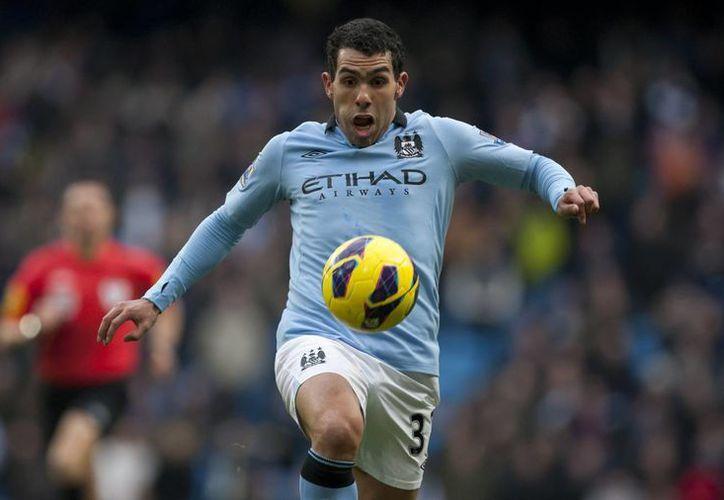 Al ser cuestionada sobre el futbolista, la policía de Cheshire se limitó a decir que un hombre de 29 años fue arrestado en una carretera en Macclesfield. (Agencias)