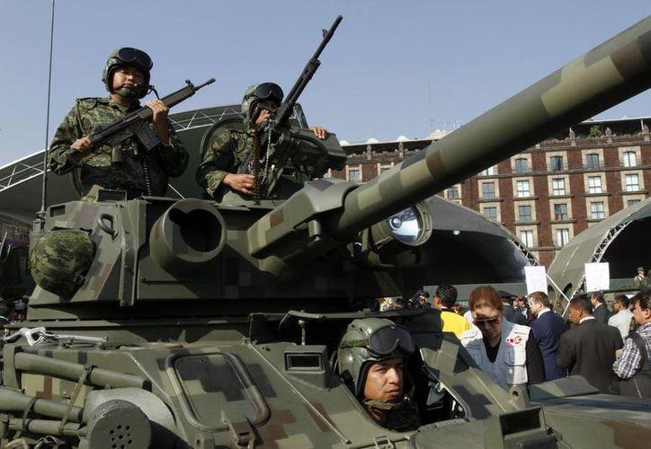 Por unanimidad de las cinco comisiones dictaminadoras, el Senado aprobó las reformas que limitan el fuero militar. (Archivo Notimex)