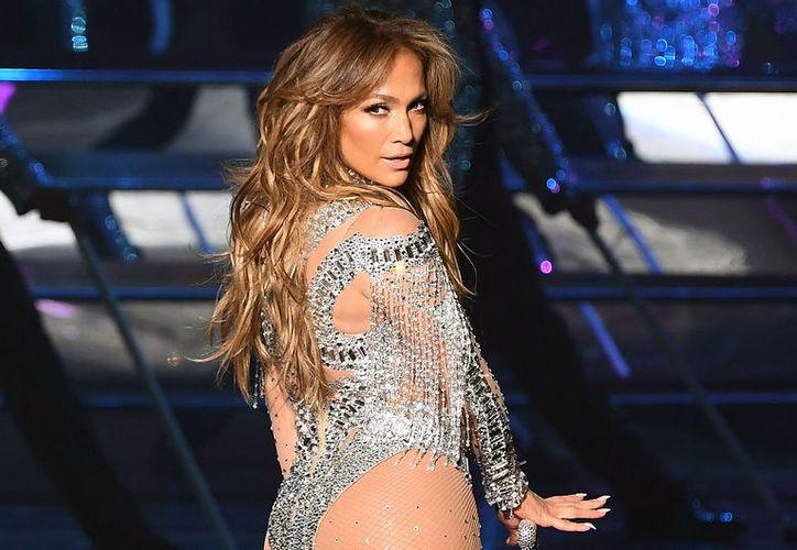 Jennifer Lopez ha lucido su envidiable figura con atuendos muy sensuales. (Foto: Contexto/SIPSE)
