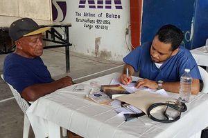 Doctores quintanarroenses brindan atención médica a beliceños