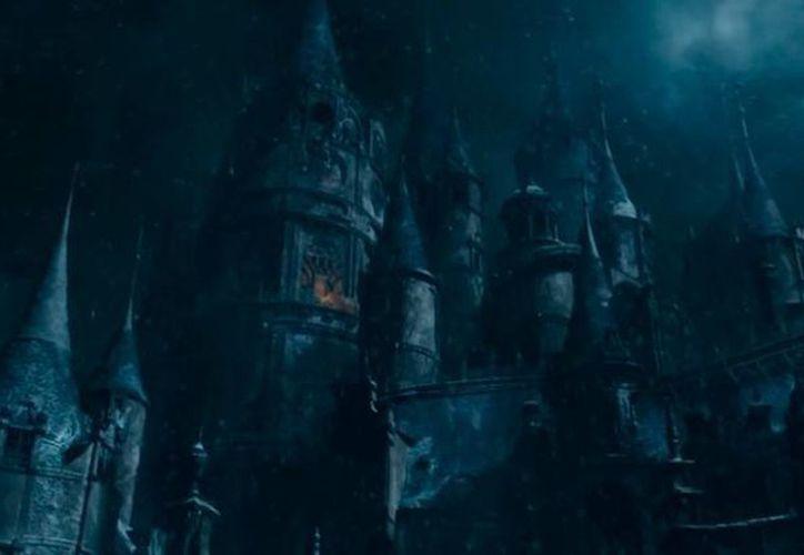 Captura de pantalla del primer tráiler de Beauty and the Beast, cuyas reproducciones ya rebasaron al de la última saga de Star Wars. (YouTube)