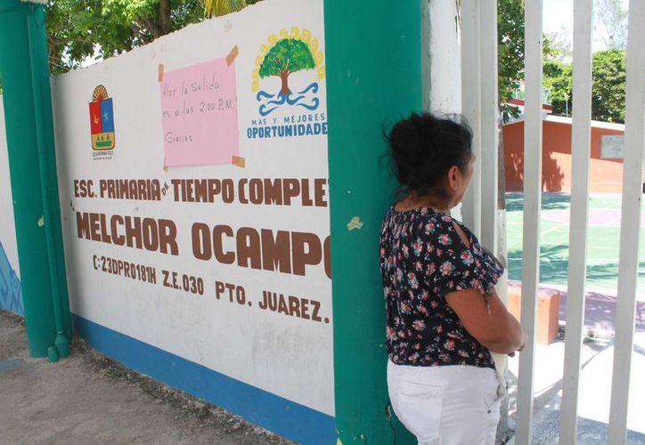 La sociedad de padres de familia indica que el costo de alimentación por alumno es de 14 pesos diarios. (Sergio Orozco/ SIPSE)