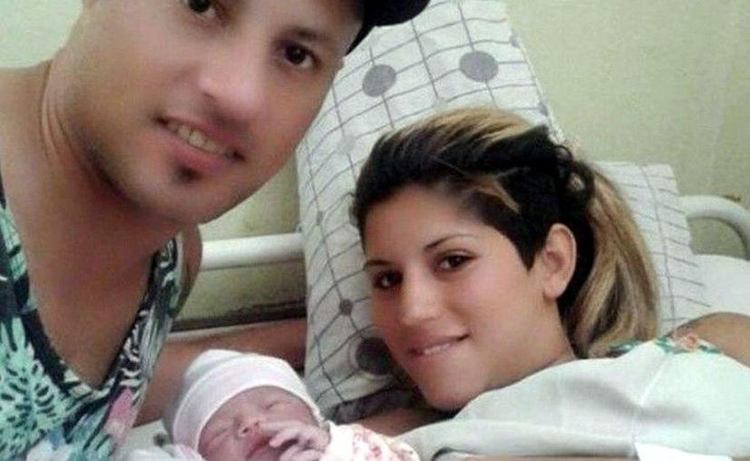 Una pareja decidió nombrar a su hijo recién nacido: Agustín Enzo River Plate. (Clarín.com)